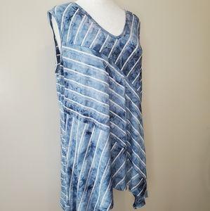 10/$35 sleeveless trapeze shirt